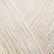 Yarn and Colors Charming – 002 Cream