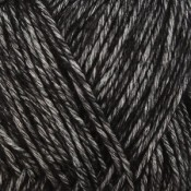Yarn and Colors Charming – 100 Black