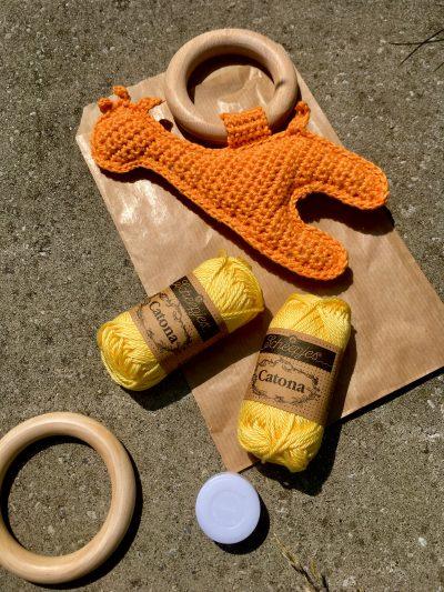 DIY Pakket: Giraffe Rammelaar Geel